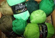 104703-colour-crafter-brei-en-haakgarens-8-bollen-groentinten-colour-crafter-brei-en-haakgarens-8-bollen-groentinten.jpg