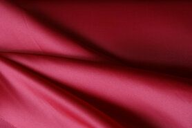 Carnavalsstoffen - NB 1675-015 Bruidssatijn rood