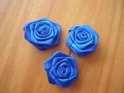 Roosjes - Roosje satijn kobaltblauw 3 cm op=op