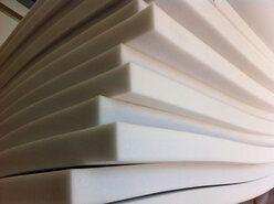 Creme meubelstoffen - Schuimrubber rugvlak kwaliteit 4 cm dik