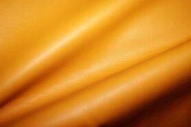 70% polyester, 30% viscose - ByPoppy19 8334-017 Kunstleer oker
