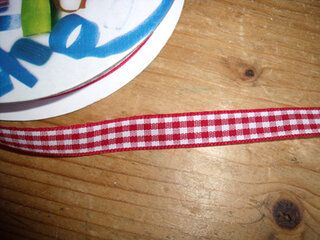 Sierband geruit (10 mm) rood/wit*